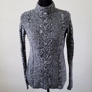 B2G1 Gap Marled Mock Neck Cable Knit Sweater